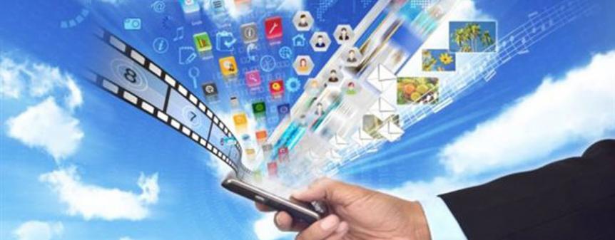 7 στους 10 συνδέονται στο Internet από φορητή συσκευή